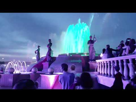 Студ весна 2019 в Ставрополе светомузыкальное представление фонтан