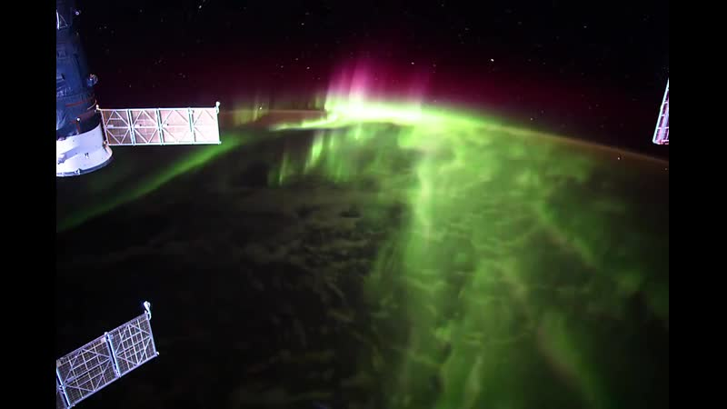 Удивительная аврора вид с МКС