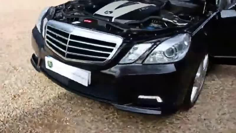 Mercedes E350 3 0 TDI V6 in Obsidian Black Metallic with Full Grey Leather inter