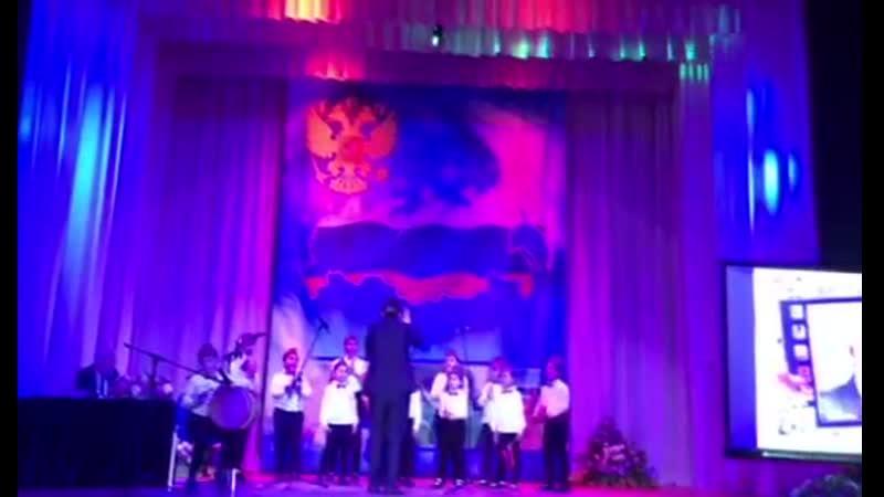 Вокальная студия армянской народной песни Зартонк Спюрк Ераз им еркир айрени Р Амарханян