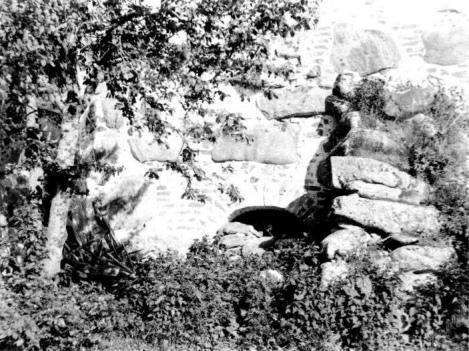 Тайный ход в сушило, через который нападавшие проникли в монастырь