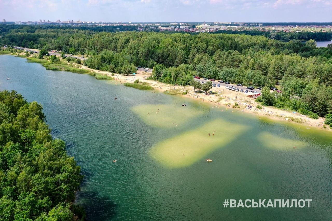 Брестское море на Красном дворе переполнено людьми (с учётом социальной дистанции)