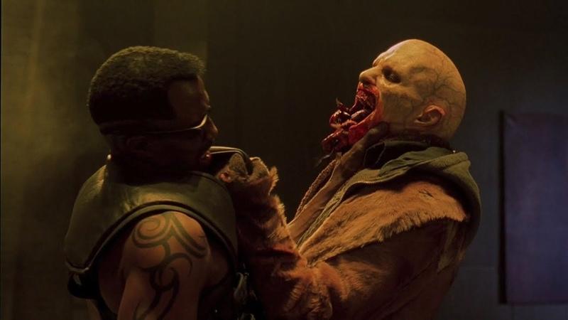Блэйд убивает Номака Блэйд 2 отрывок из фильма