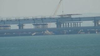 Крымский мост.22 мая 2019.Путеукладчик отстрелялся-стоит пустой 18-00.