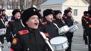 Тренировка сводного расчета Екатеринбургского СВУ к параду в честь 76-летия Победы
