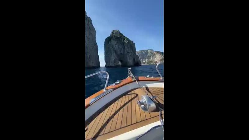 путешествие на озеро Капри Италия