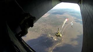 Десантирование с АН -12 ВДВ 11 ОДШБР УЛАН УДЭ