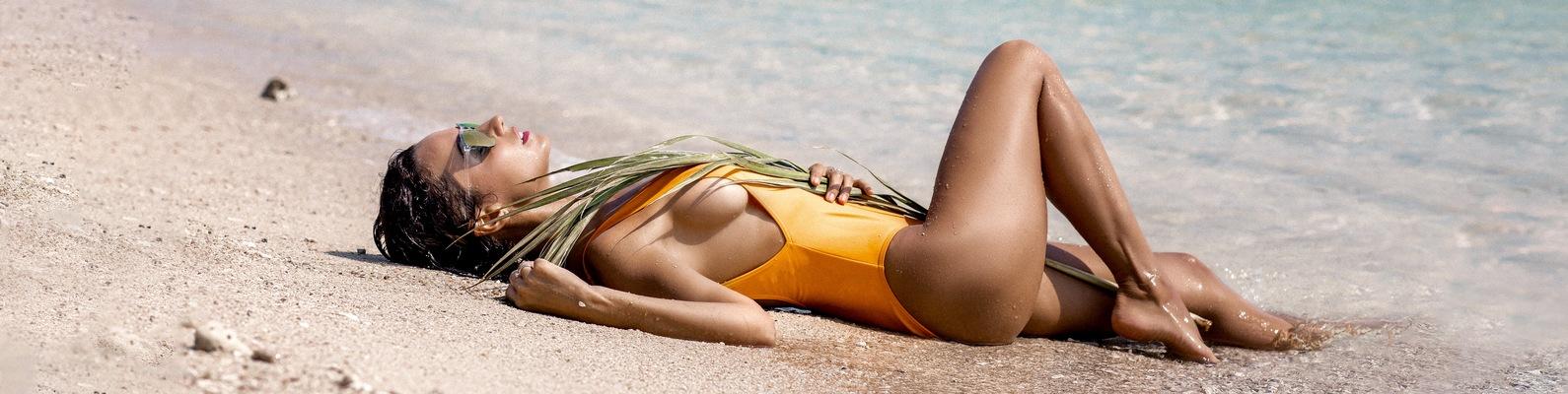 Сочно фанаты оценили пляжную фотосессию славы учились одном