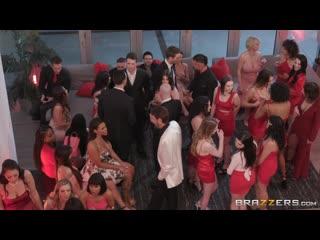 Demi Sutra, Desiree Dulce, Emily Willis, Gabbie Carter, Ivy Lebelle, LaSirena69, Luna Brazzers LIVE: Valentine's Day Affair