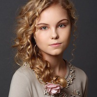Анастасия Столярова