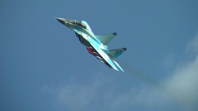 Высший пилотаж на боевых самолетах 17 08 20 Су 57 Миг 35 Як 130