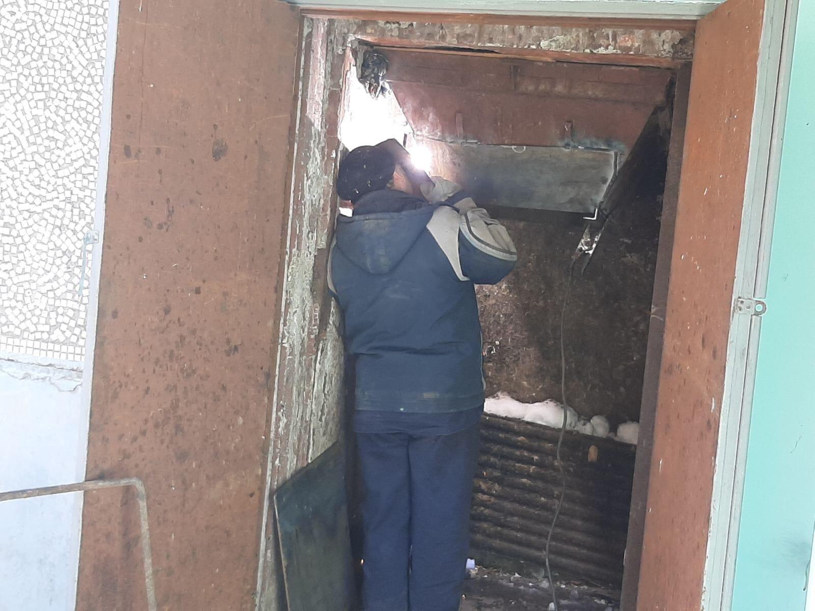 Проспект Строителей дом 46 Установка заслонок в
