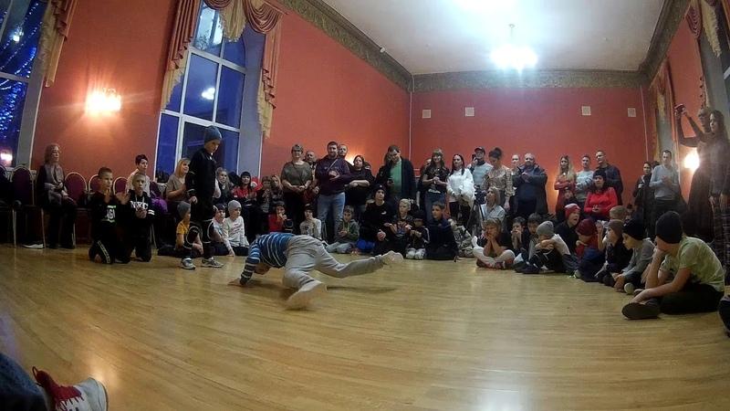 Илюха vs Мясник LN BReaking Kids TVER NY JAM 2019