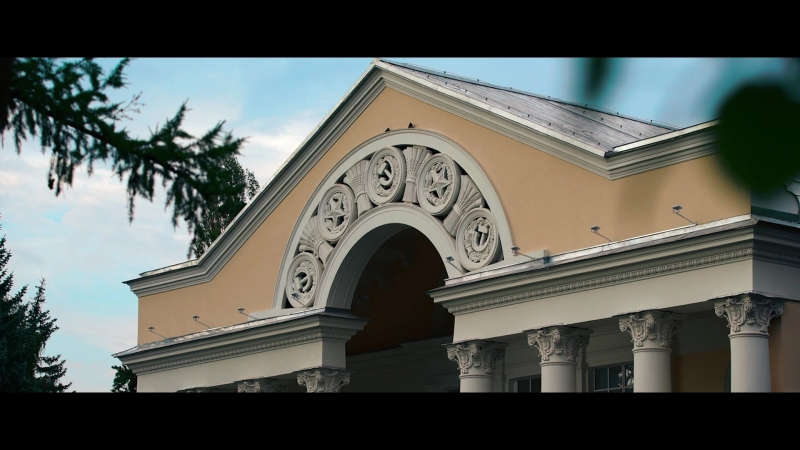 Моноспектакль Георгия Иобадзе по роману Нодара Думбадзе «Я, бабушка, Илико и Илларион»