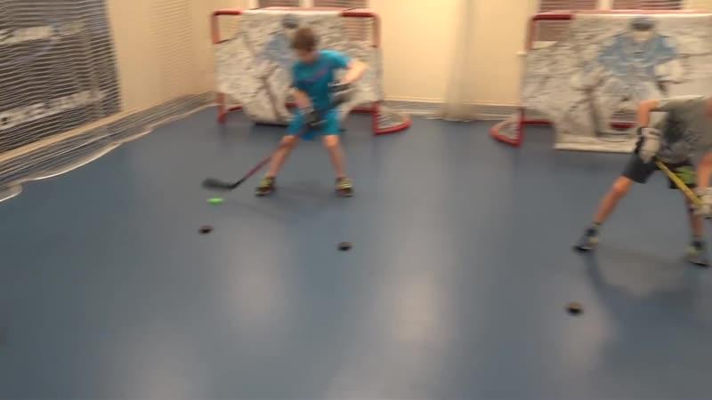 Дриблинг, тренировки в зале. Off-Ice-Hockey-training-Stickhandling-workout