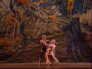 Вацлав Нижинский - Послеполуденный отдых Фавна (1912 год), музыка - Клод Дебюсси