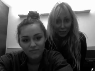 Miley and Tish talking about Manila