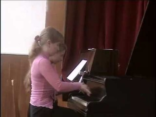 Ира и Света играют Брамса