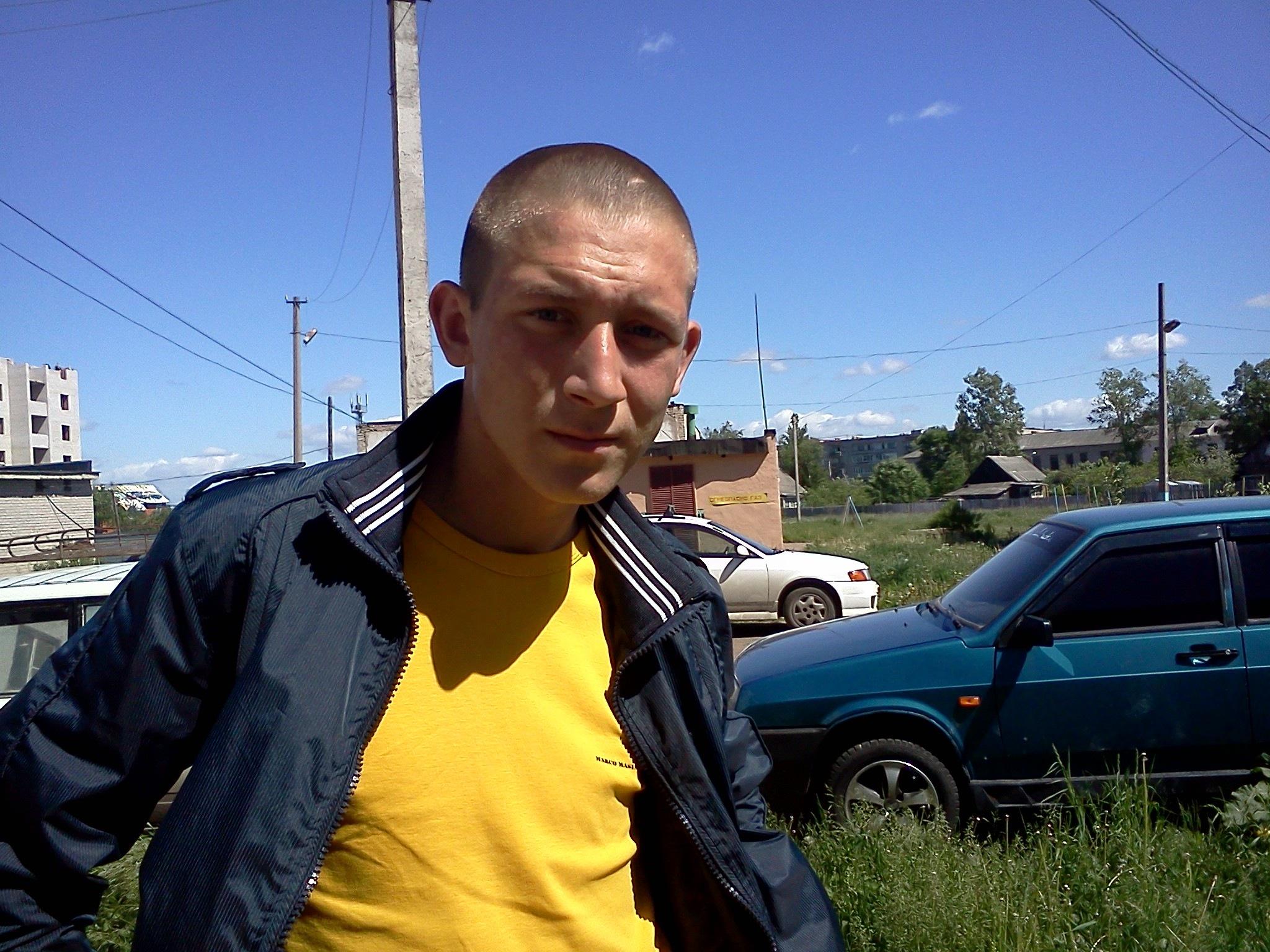 Степан, 32, Chudovo