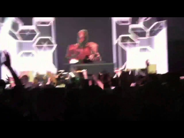 Skrillex - WEEKENDS Rock N Roll (Will Take You To The Mountain) LIVE 11.7.2011Ashville, NC