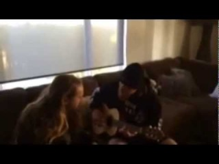 """Zakk Wylde Punches Dude Who Can't Play """"Stairway to Heaven"""""""