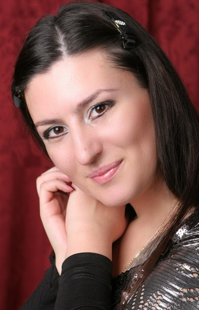 Алина Маринова