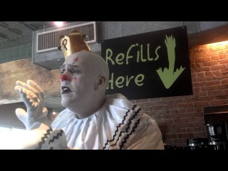 Puddles Pity Party: Dancing Queen / Nashville