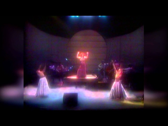 Kate Bush - The tour of Life HD LPR Remastering (Live at Hammersmith Odeon 79)