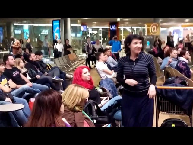 Disney's Frozen Let it Go flash mob at Paris CDG airport