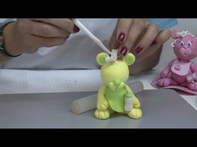 Como hacer osito en porcelana