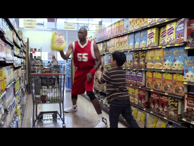 GEICO Dikembe Mutombo Commercial Happier Than Dikembe Mutombo Blocking a Shot