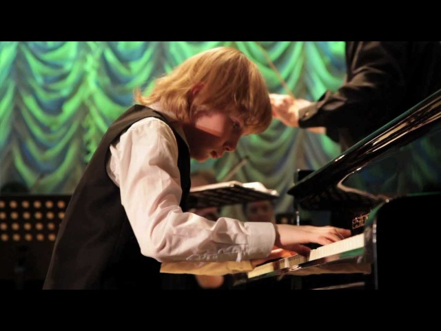Ваня Бессонов Mozart Piano concerto №23 Vanja Bessonov 9 yo Моцарт