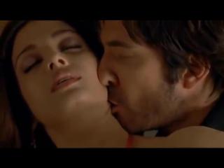 Aishwarya rai hot bed scene