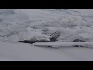 Freeze-up on Lake Baikal / Ледостав на озере Байкал
