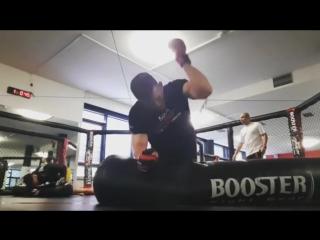 Тренировка Штефана Пютца и Ивана Бухингера в MMA Spirit, Германия