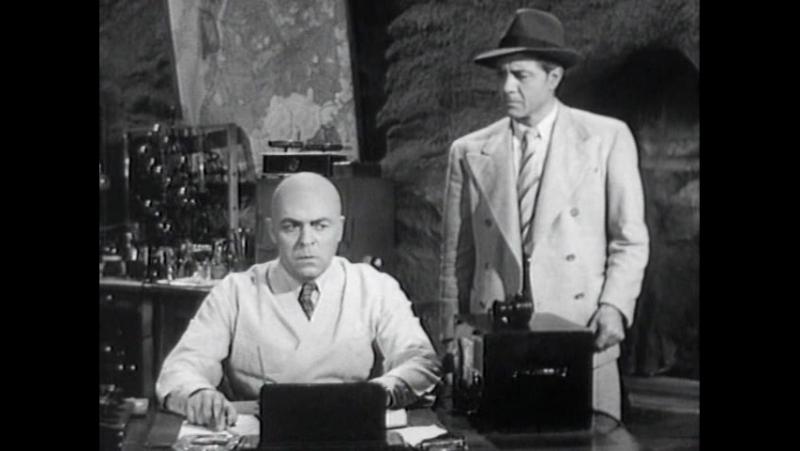Атомный человек против Супермена 1950 9 серия