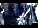 ОМОНОВЕЦ открыл душу В звуках фортепиано