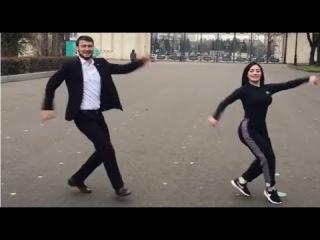Самед и Моника Великолепно Исполнили Лезгинку