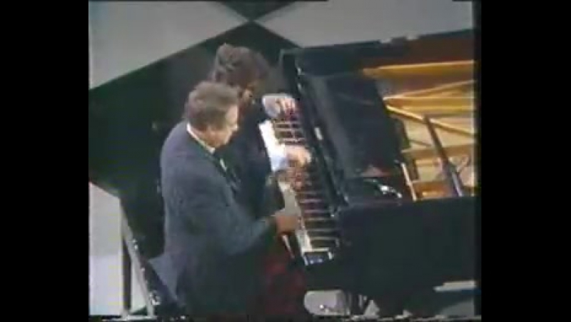 Victor Borge Liszt Hungarian Rhapsody nº 2 Uzhasno Smeshno