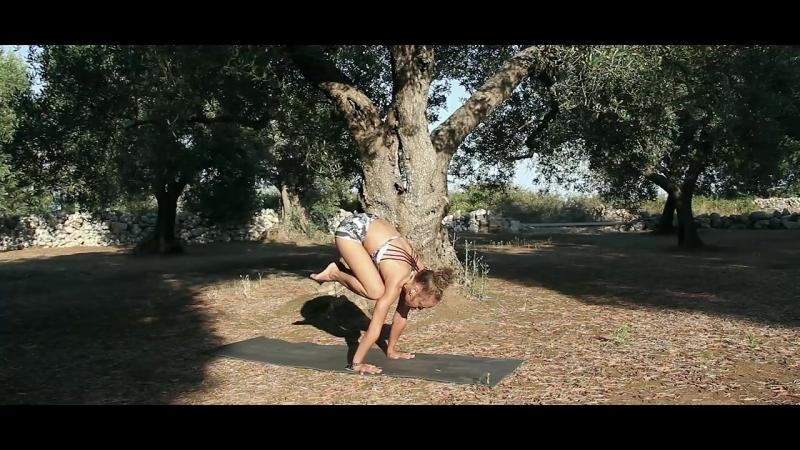 Laruga Glaser - YIS presents Ashtanga Yoga