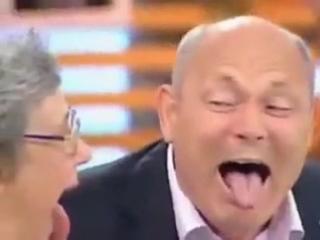 Геннадий Петроуич Малахоу жарит!!!