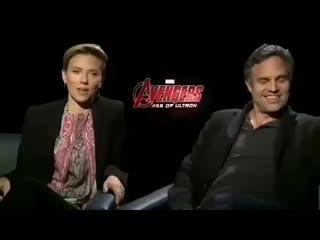 Scarlett Johansson and Mark Ruffalo