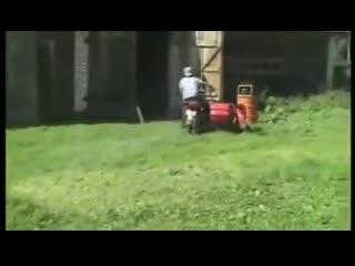 [v-s.mobi]мото приколы.Мотоциклы ИЖ падение на ижах.mp4