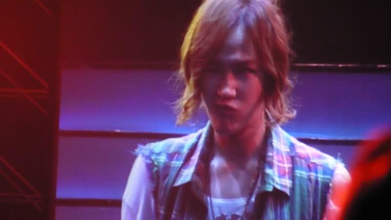 [2011.07.09] 張根碩_上海Cri Show_碩被主持人逗得哈哈大笑