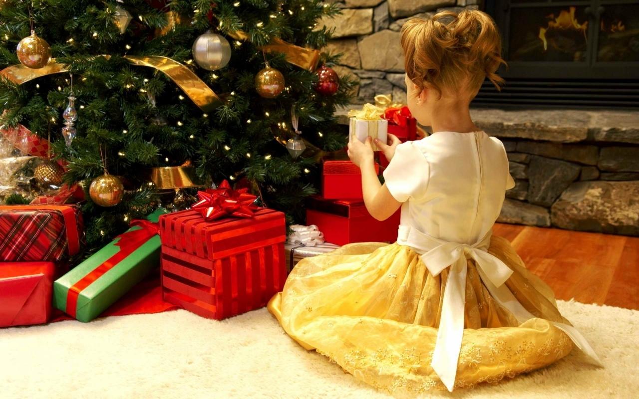 телки картинки хочу подарок на новый год сверкает