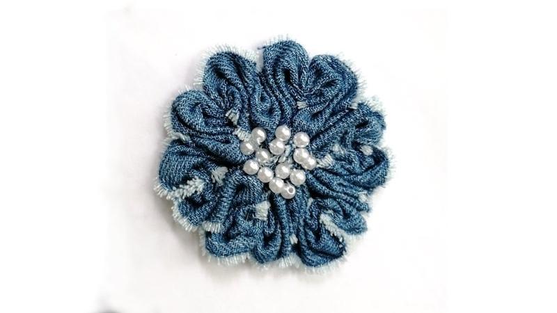 Цветок из ткани. Мастер класс   Flower made of fabric. DIY