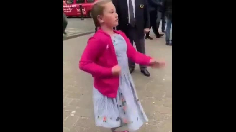 Девочка настоящий боец по жизни