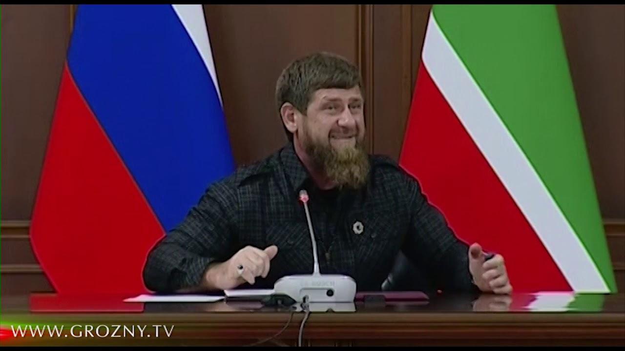 Кадыров награжден почетным знаком Совета Федерации за заслуги в развитии парламентаризма