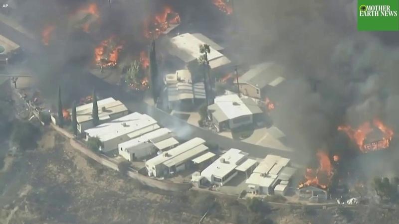 Эвакуируют население. Пожары в Калифорнии\Evacuate the population. California fires