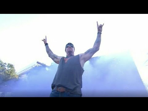 The Undertaker Entrance on ESPN College Gameday | The Spotlight